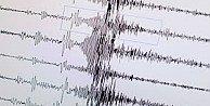 Ege#039;de deprem korkuttu