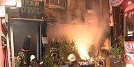 Fatih'te otel yangını güçlükle söndürüldü: Kundakçı yakalandı