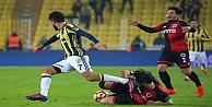 Fenerbahçe ve Bursaspor haftayı kayıpsız kapattı