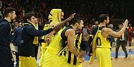Fenerbahçe Panathinaikosu konuk ediyor.