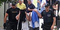 Yunanistan darbeci askerlerle ilgili kararını verdi.