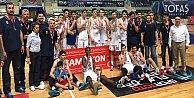 Anadolu Efes Genç Takımı Türkiye Şampiyonu