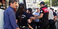Hatay#039;da protesto gösterisi, 18 gözaltı var