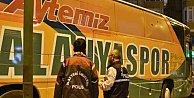 Konya'da Alanyaspor takım otobüsüne çirkin saldırı