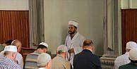 7/24 açık camide farklı bir imam