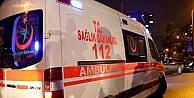 Çarptıkları 112 Acil ambulansının görevlilerini darp ettiler