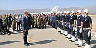 İçişleri Bakanı Soylu Çukurca'da güvenlik yolunu inceledi