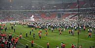 Adalet Bakanı Gül: Süper Kupa maçındaki olaylarla ilgili 4 kişiye yakalama kararı çıkarıldı