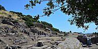 Antik kentte bin 300 yıl önceki depremin izleri