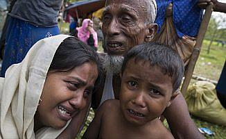 Arakanlı Rahman: Arakan'da 42 toplama kampı var