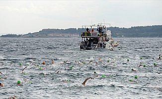 Çanakkale Boğazı Yüzme Yarışması yapıldı