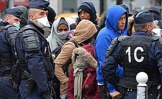 Dünya Doktorları Başkanı Sivignon: Paris'teki sığınmacılara sistematik taciz uygulanıyor