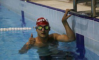 Engelli yüzücünün hedefi Manş Denizi'ni geçmek