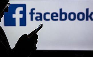 Facebook Almanya'da 10 bin hesabı sildi