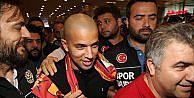Galatasaray Feghouli transferini tamamladı