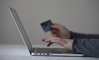 İnternetten kartlı ödeme bir yılda 84,7 milyar lira oldu