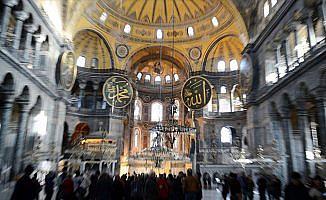 İstanbul'a 7 ayda yaklaşık 6 milyon yabancı turist geldi