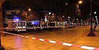 Paris'te arabasıyla pizzacıya girdi: 1 ölü, 12 yaralı