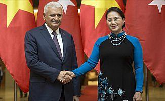 Yıldırım, Vietnam Ulusal Meclisi Başkanı Nigan ile görüştü