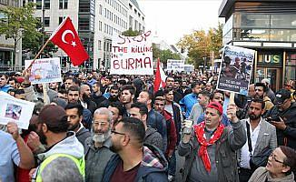 Almanya'da Arakan'daki Müslümanlara yapılan saldırılar protesto edildi
