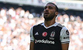 Cenk Tosun, Fenerbahçe karşısında ilk peşinde