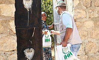 İHH, Suriye'de 250 bin kişiye kurban eti ulaştıracak