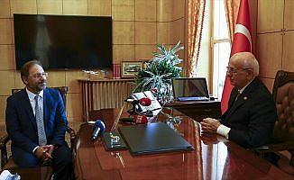 Kahraman, Diyanet İşleri Başkanı Erbaş'ı kabul etti