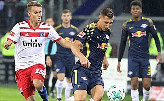 Leipzig, Hamburg'u 2 golle geçti