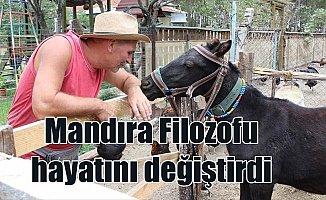 Mandıra Filozofu filmini izledi, kendi çiftliğini kurdu