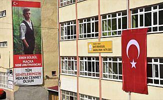 Şehit Eren Bülbül'ün okulunda hüzün hakim