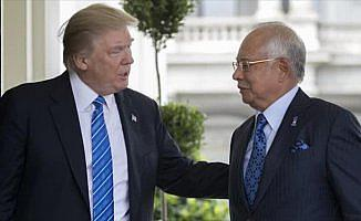 Trump, Malezya Başbakanı Rezak ile görüştü