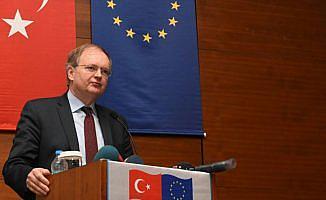 AB Türkiye Delegasyonu Başkanı Büyükelçi Berger: Biz Irak'ın toprak bütünlüğüne inanıyoruz