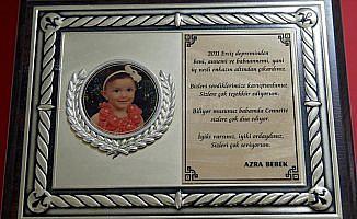 AFAD'ın kahramanları minik Azra'yı unutamıyor
