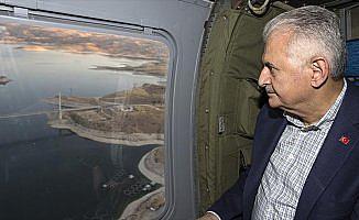 Başbakan Yıldırım Ağın Köprüsü'nü havadan inceledi