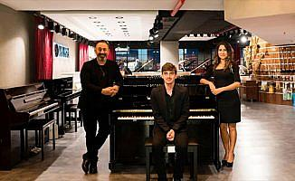 'Beykoz'un Mozart'ı' piyanosuna kavuştu