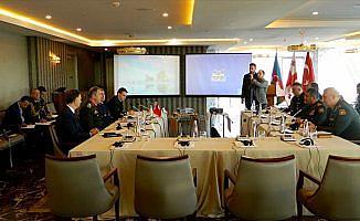 Genelkurmayı Başkanı Akar, Azerbaycan Savunma Bakanı ile görüştü