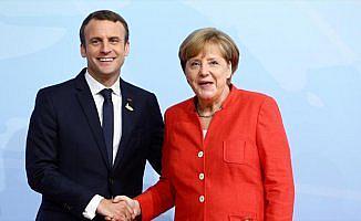 Macron ve Merkel'den Katalonya açıklaması