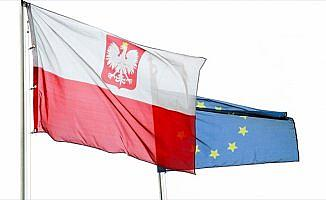 Polonya'dan FETÖ'cülere ret
