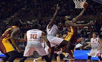 Reggio Emilia 74–71 Galatasaray Odeabank