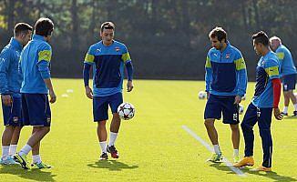 Arsene Wenger'den 'Mesut ve Sanchez'in geleceğine ilişkin açıklama