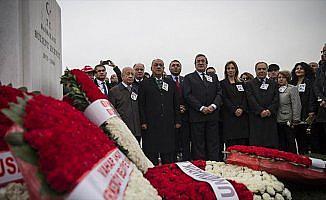 Bülent Ecevit vefatının 11'inci yılında mezarı başında anıldı