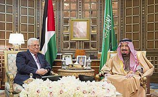 Filistin Devlet Başkanı Abbas'tan 'sürpriz' Suudi Arabistan ziyareti