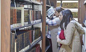Güneydoğu'nun en büyük kütüphanesi Mardin'de hizmete açıldı