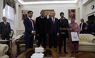 Karaciğer nakli olan Pakistanlı Khan'dan Demircan'a ziyaret