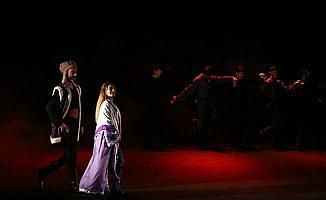 Köroğlu, Azerbaycan'da tiyatro sahnesine taşındı