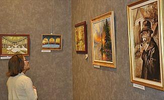 Macaristan'daki 'Kula'dan Kuleye' resim sergisinde Osmanlı izleri