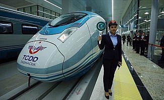YHT'ler 40 milyon yolcu taşıdı