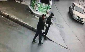 Esenlerde kanlı gün; Kuyumcu soyguncuları 2 kişiyi öldürdü
