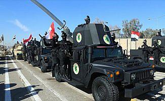 Irak'ta 'DEAŞ zaferi' için askeri töreni