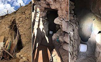 Kızıltepe'deki bir evde bulunan tünel define için kazılmış